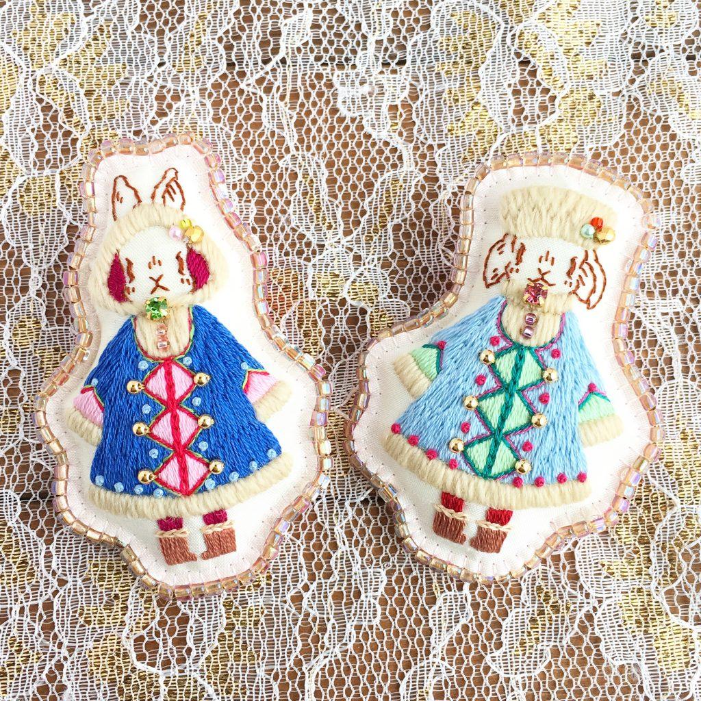 【本日21時から】『雪の日のウサギ姉妹』刺繍ブローチ受注会【webshop】